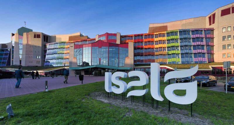Färgglatt sjukhus i Zwolle Nederländerna